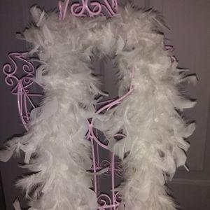 Sexy Chic Feather Boa White 72 inches